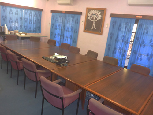 Mamabulanjin will provide you the opportunity to hire a professionally fitted-out boardroom